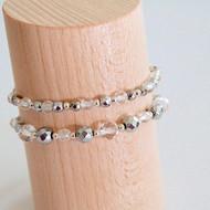 Bracelets blancs
