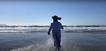 Wilfred Hemp smokes running to ocean.png