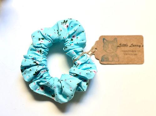 Little Larry's flower scrunchie