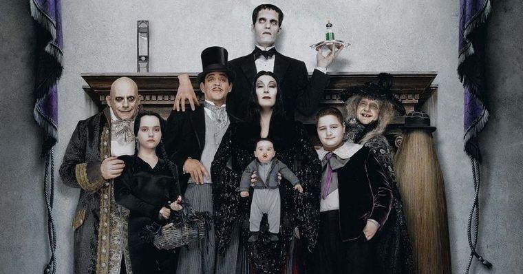 'A Família Addams' vai ganhar série live-action com produção e direção de Tim Burton