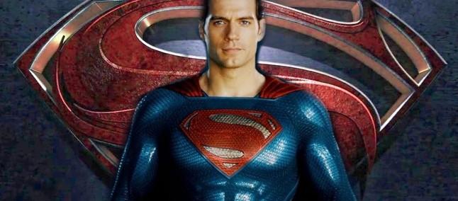 Site afirma que Warner acredita que Henry Cavill não tem força para sucesso de 'Superman'