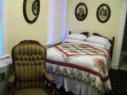 #9: Lindquist Room