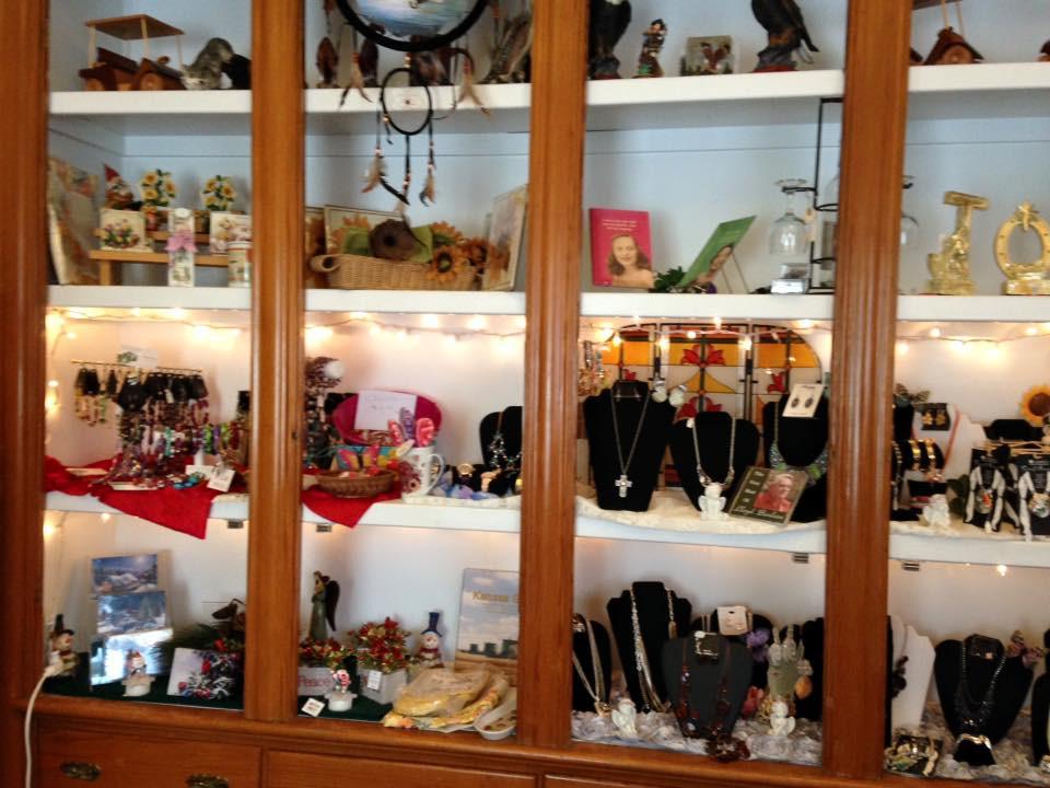 Weaver Hotel gift shop