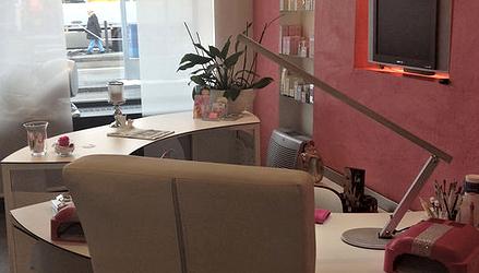 Nagelstudio Pink Salon NEU (5).png