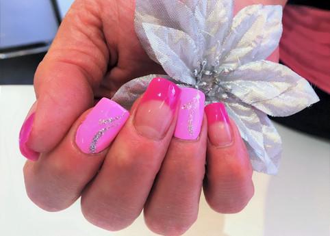 Nagelstudio-Pink Gel-Nägel (1).jpeg