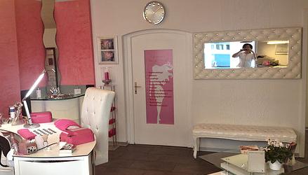 Nagelstudio Pink Salon NEU (3).png