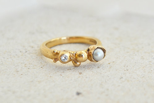 Pearl and Diamond Beaded Ring