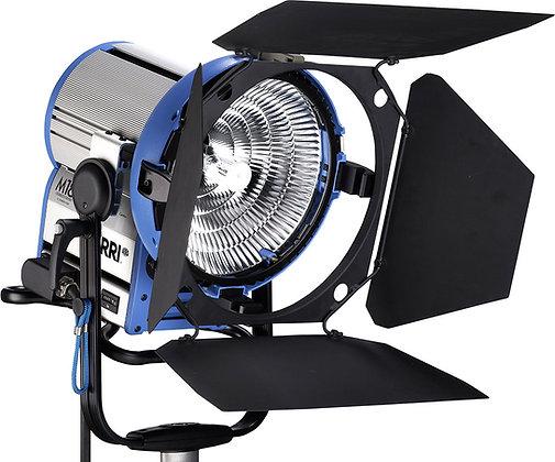 Projecteur HMI ARRI M18 EBMAX 1,8KW (Tarif HT/Jour)