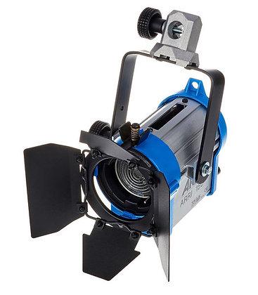 Projecteur Fresnel 150W (Tarif HT/Jour)