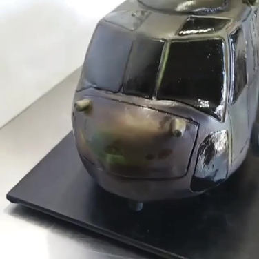 Realistic 3D spinning Helicopter cake