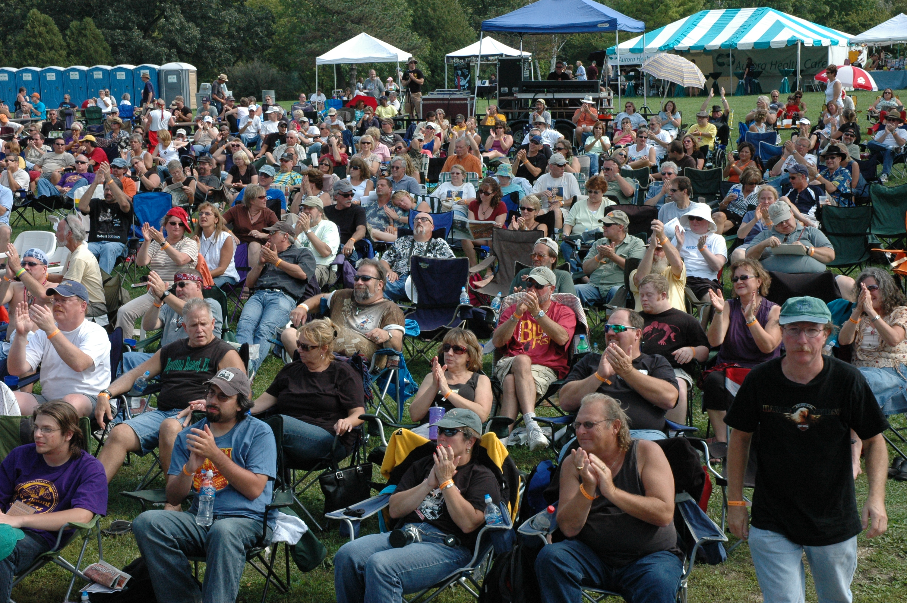 2008-Crowd1.jpg
