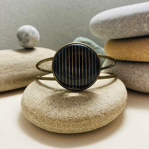 Bracelet rigide géométrique