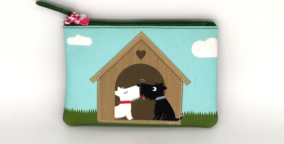 Kissing Scottie Dogs in the Kennel Coin Purse - Green