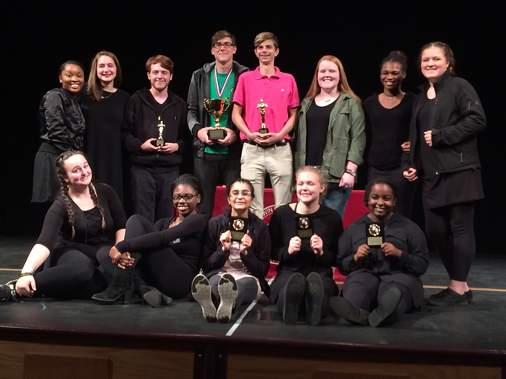 Baldwin Theater performers and crew accepting their championship awards.