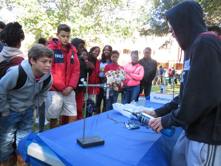 Georgia College Hosts Chemistry on the Lawn
