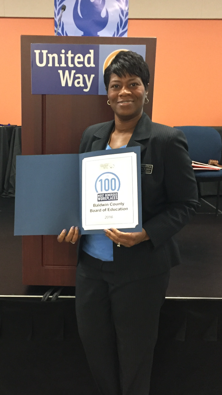 BCSD Social Worker Ola Scott-Little Accepting the Recognition