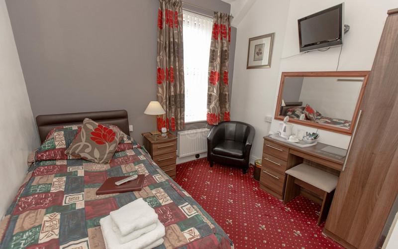 single-room--v11946629_edited.jpg