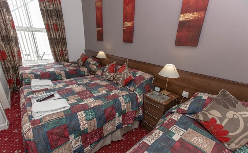family-room--v11946836_edited.jpg