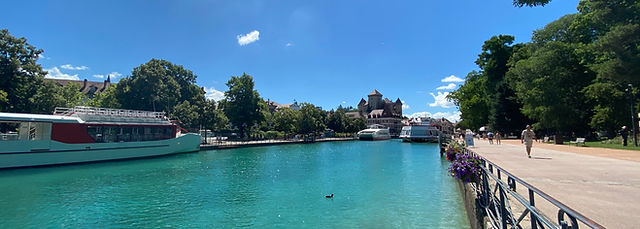 Panorama d'Annecy.jpg