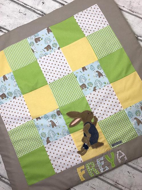 Babydecke/Krabbeldecke *Patchwork gelb/grün Schnuffelhase* KRD0420