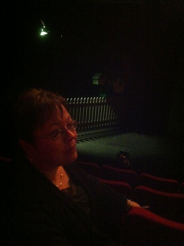 Nuclear Family set - Circa Theatre - Des