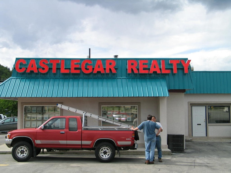 Castlegar-Realty_Day_Website