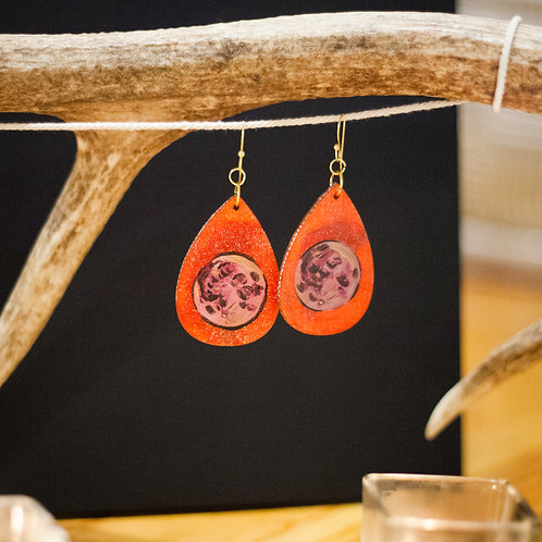 Moon no. 2 // Hand-painted earrings