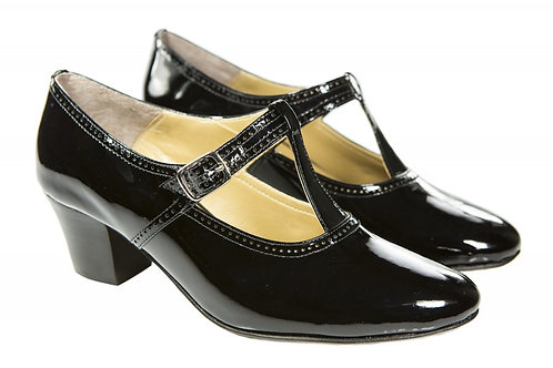Sapato Fem. Mod. tradicional - 01 cor - Ref 00022