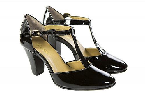 Sapato Fem. Mod. tradicional - 01 cor - Ref 00021