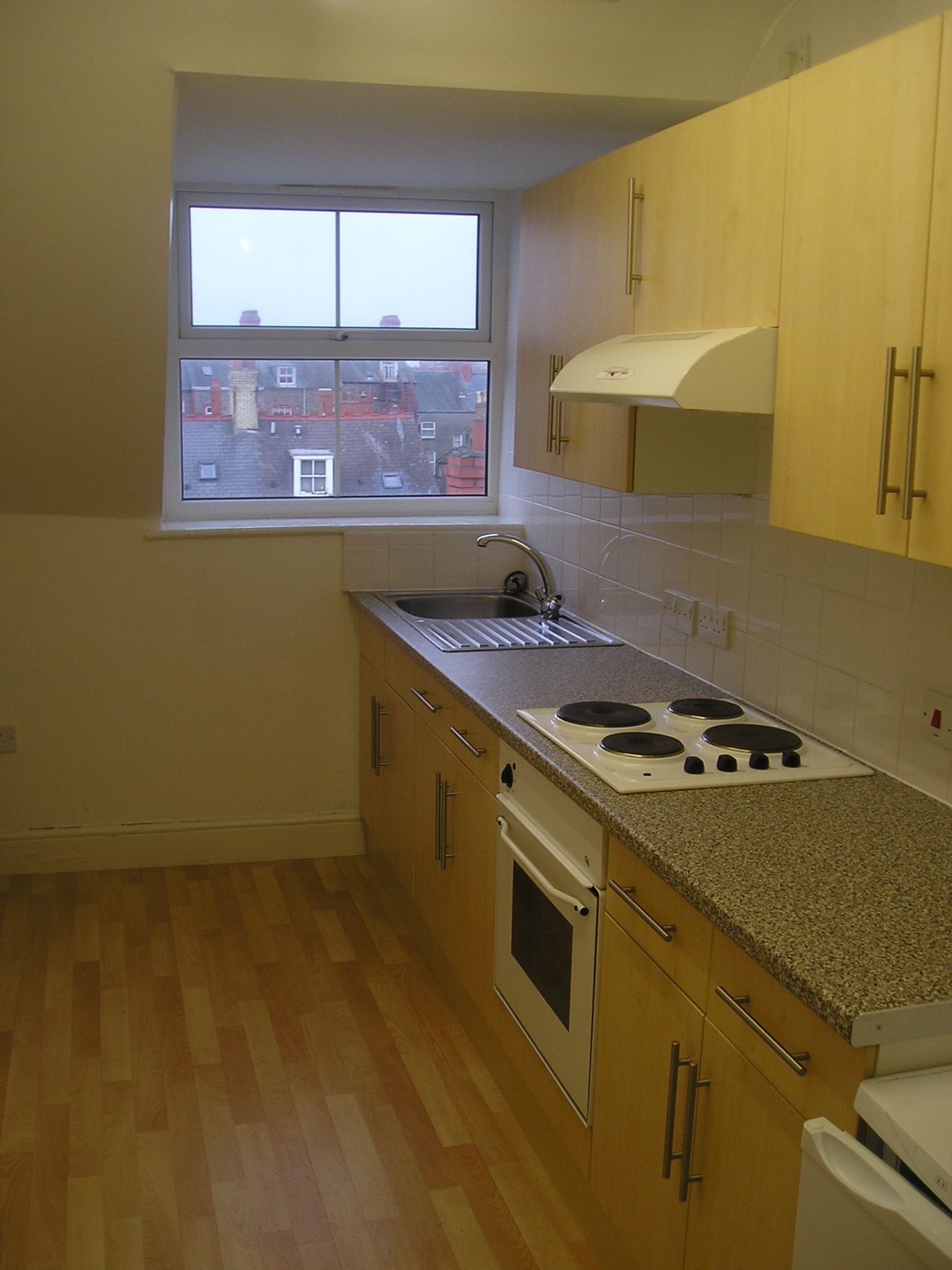 Flat 7 36A North Parade 005