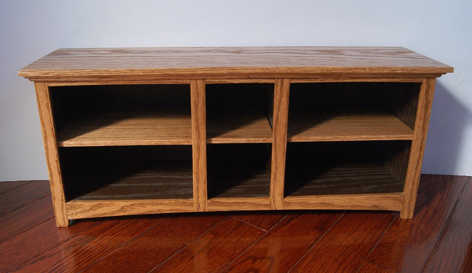 6 Space Storage Table Commission