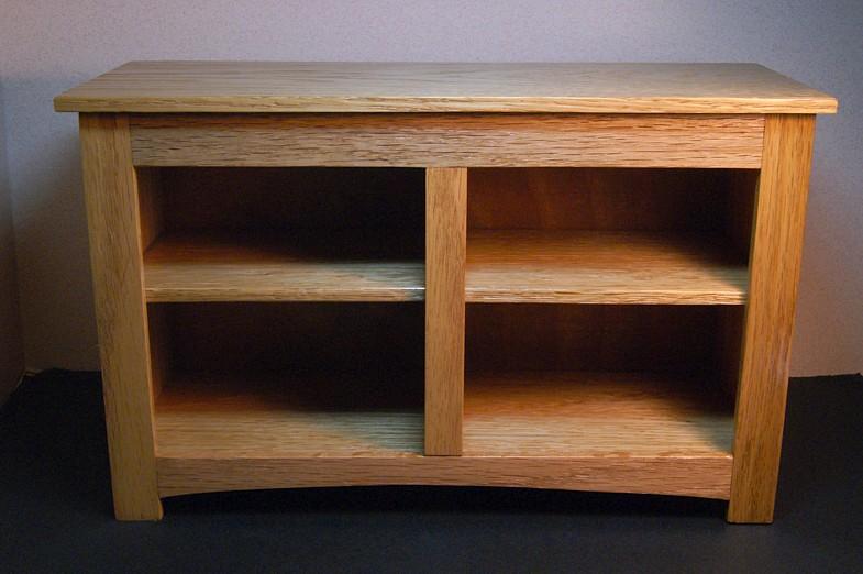 4 Blanket Storage Table