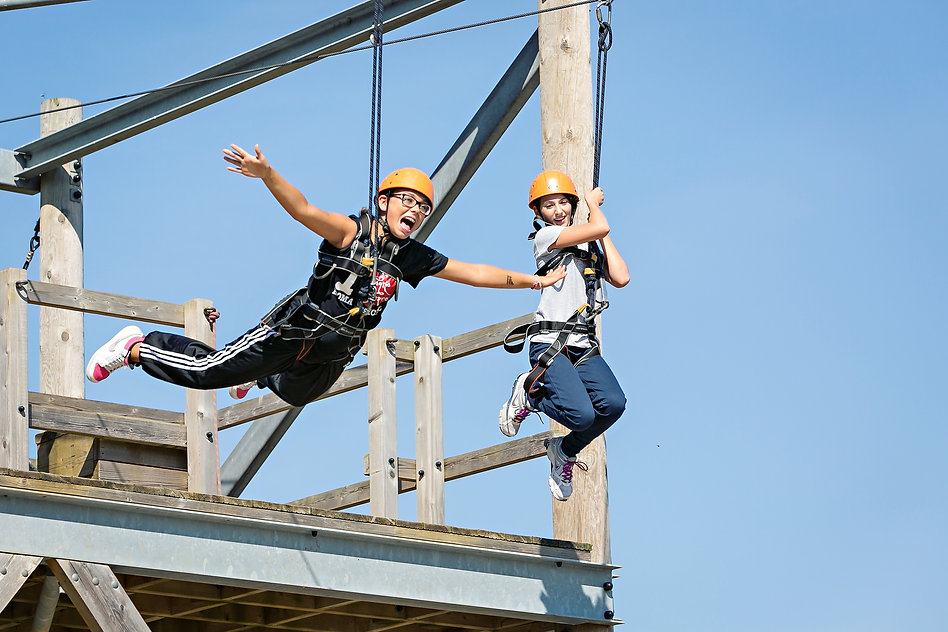 KW_3184_Zip_Wire.jpg