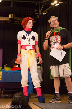 Mike interviews cosplayer