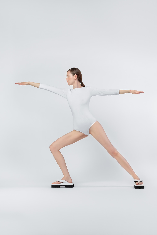 Image courtesy of SINOBI orthopaedic shoes