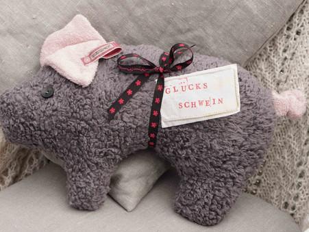 Kleines Glücksschwein Anton - für Lieblingsmenschen ♥