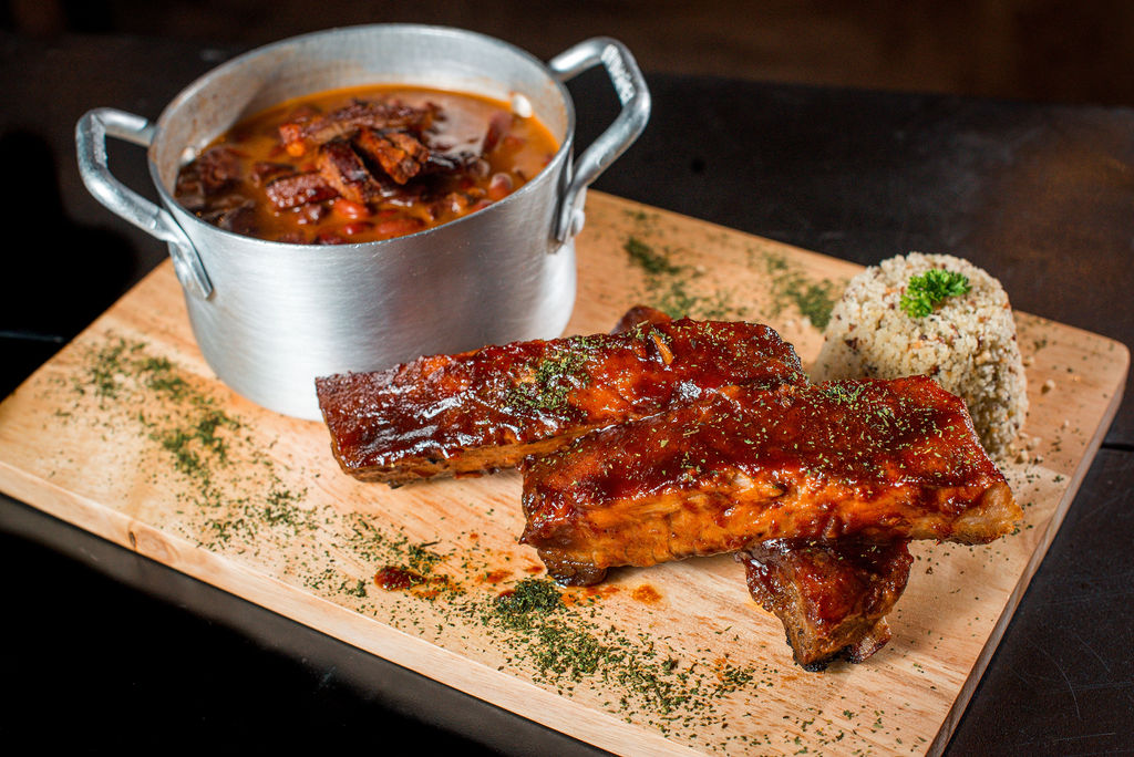 rio tap beer house costela baked beans