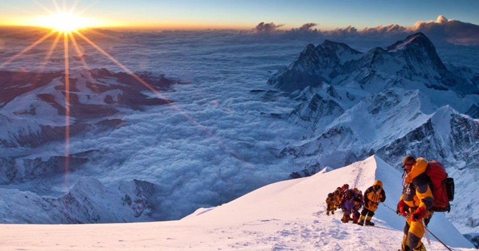 Mountaineering-Books-Everest-Movie-Into-
