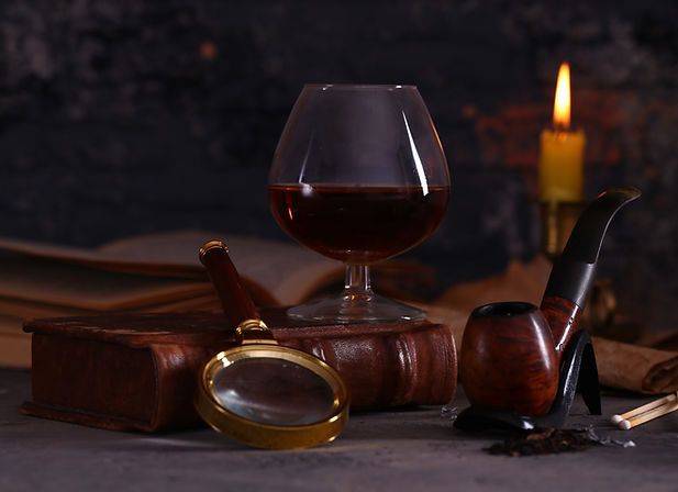 pipe-for-smoking-and-alcohol-VU6TBXW_edi