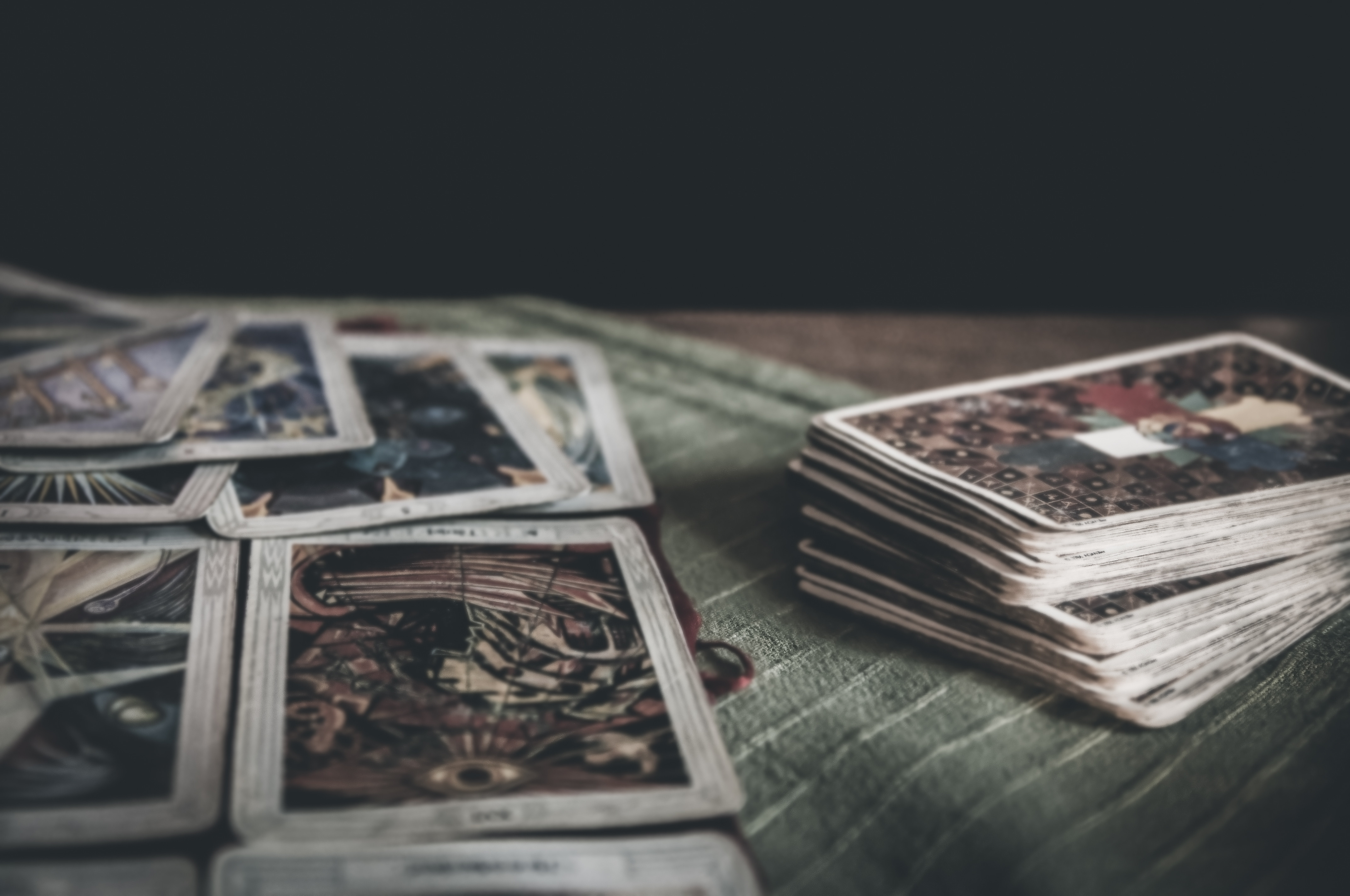 Intuitive Tarot & Oracle Reading