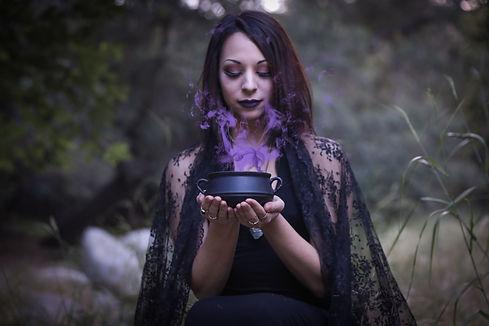 witchy profile.jpeg