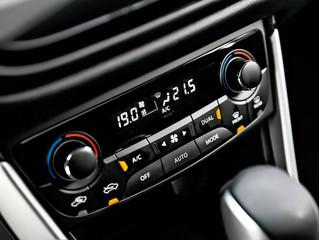 Qual a diferença entre o ar-condicionado manual e o automático?