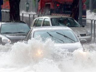 Teve o carro atingido por uma enchente? Veja os cuidados com a bateria do seu carros e outros compon
