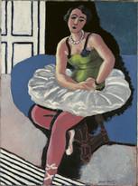 Балерина, сидящая на стуле.jpg