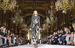 balmain-paris-fashion-week-4_edited.jpg