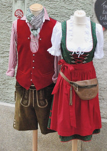 traditional-bavarian-costume_edited_edited.jpg