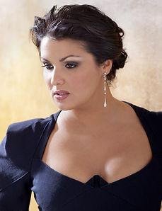 Anna-Netrebko-soprano-russe-incarne-Iola