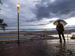 Semana começa com chuva e tempo instável em SC