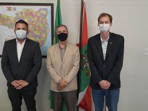 SECRETÁRIO DE EDUCAÇÃO DE SÃO CARLOS TOMA POSSE COMO VICE-PRESIDENTE DO FUNDEB/SC
