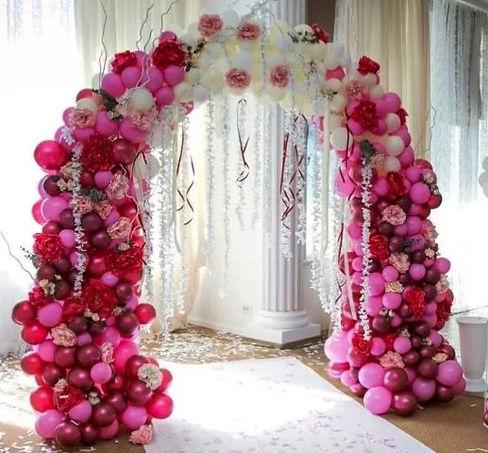 арка из шаров с шарамитишью заказать том